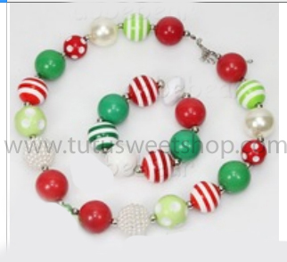 White, Red and Green Gumballs Holiday Chunky Girls Necklaces and Bracelet Set