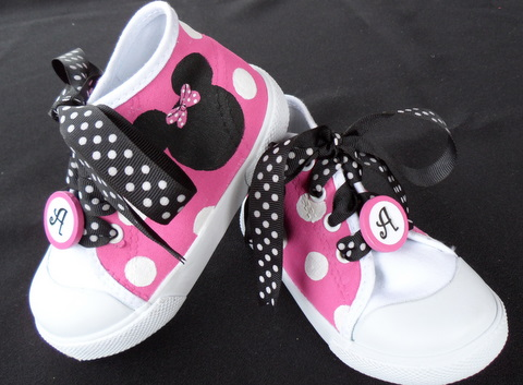 Pink Polka Dot Hand Painted Minnie Shoes