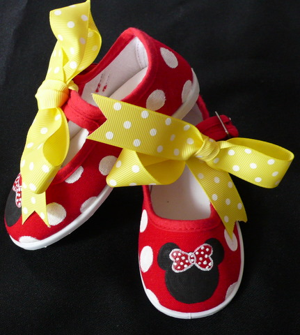 Red Polka Dot Hand Painted Minnie Shoes
